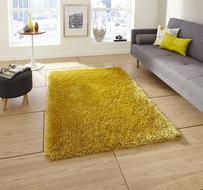 geel hoogpolig tapijt